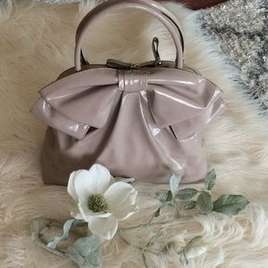 💞VALENTINO GARAVANI💞patent leather bow purse